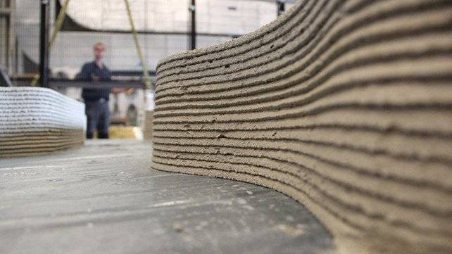 Featured image of Concrete 3D Printing: How it Works & Applications