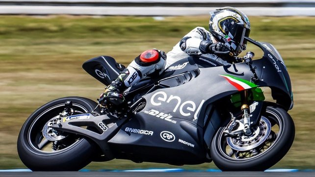 Featured image of Partially 3D Printed Electric Bike Will Race at the FIM Enel MotoE World Cup