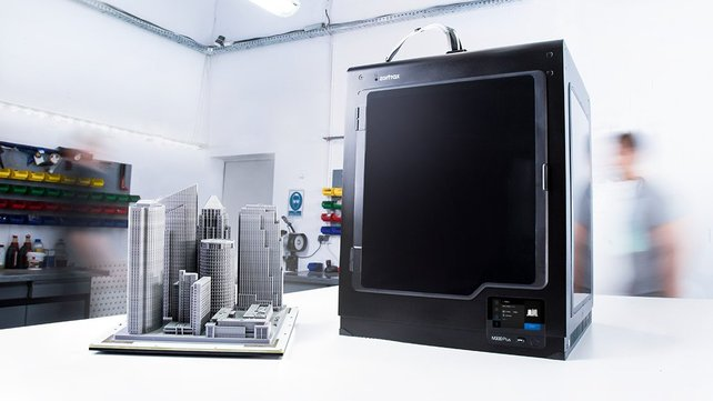Featured image of 2019 Zortrax M300 Plus 3D Printer: Review the Specs