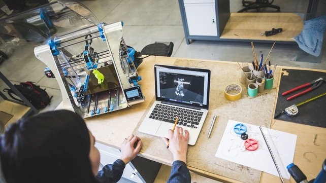 Featured image of 3D Printing for Beginners: Getting Started With 3D Printing