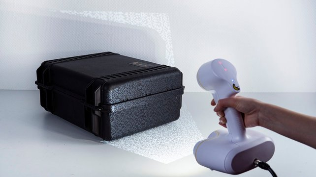 Featured image of 2020 Peel 2 3D Scanner Review: Very Appealing