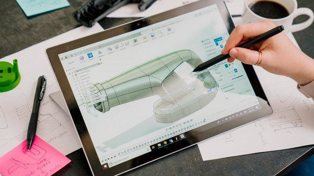 Featured image of Autodesk Offering Free Commercial Access to Its Software