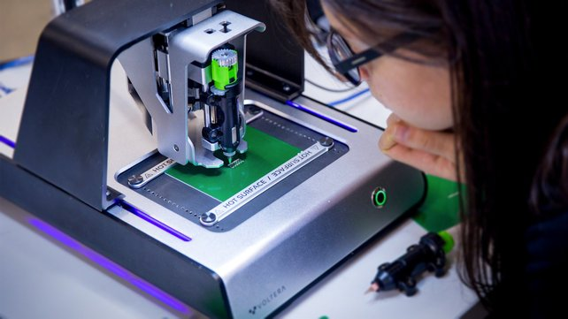 Featured image of Printed PCB Prototyping with the Voltera V-One