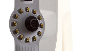 It works like a camera, taking hundreds of photos in order to capture every detail (image: Artec)