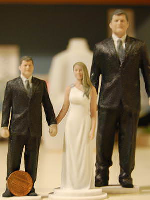 Musthave: Figurines for your wedding cake (Image: Forgestudio3D)