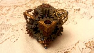 Featured image of 3D printed Steampunk cube gears
