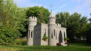 You can even use house building waste as concrete additive in 3D printing