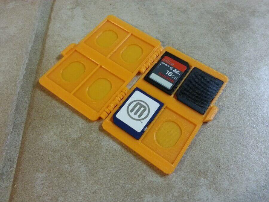 sd_card_case_display_large