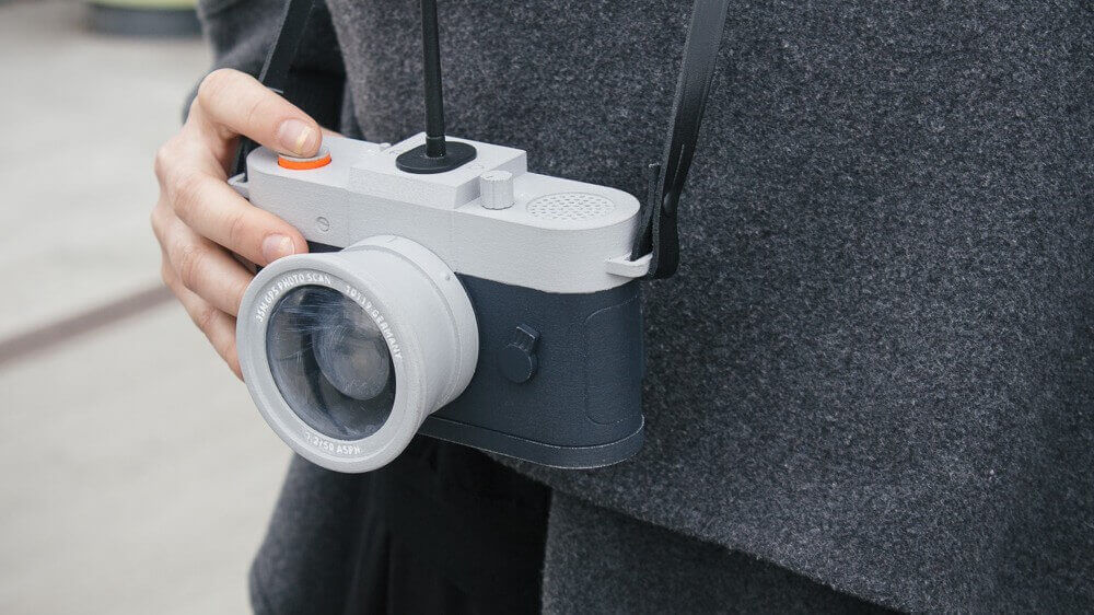 Camera Restricta Won't Allow Photos in Tourist Areas | All3DP