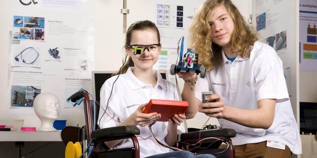 eye-controlled wheelchair