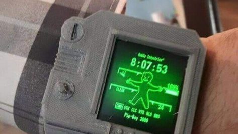 Featured image of Turn your LG G Smartwatch Into A Fallout Pip-Boy