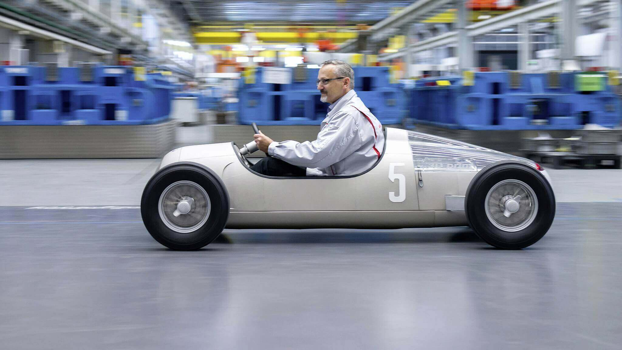 Audi 3D Prints a Scale Replica of a 1936 Grand Prix Race Car | All3DP