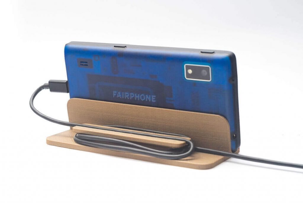 Fairphone 2 accessories: nightstand/charging station