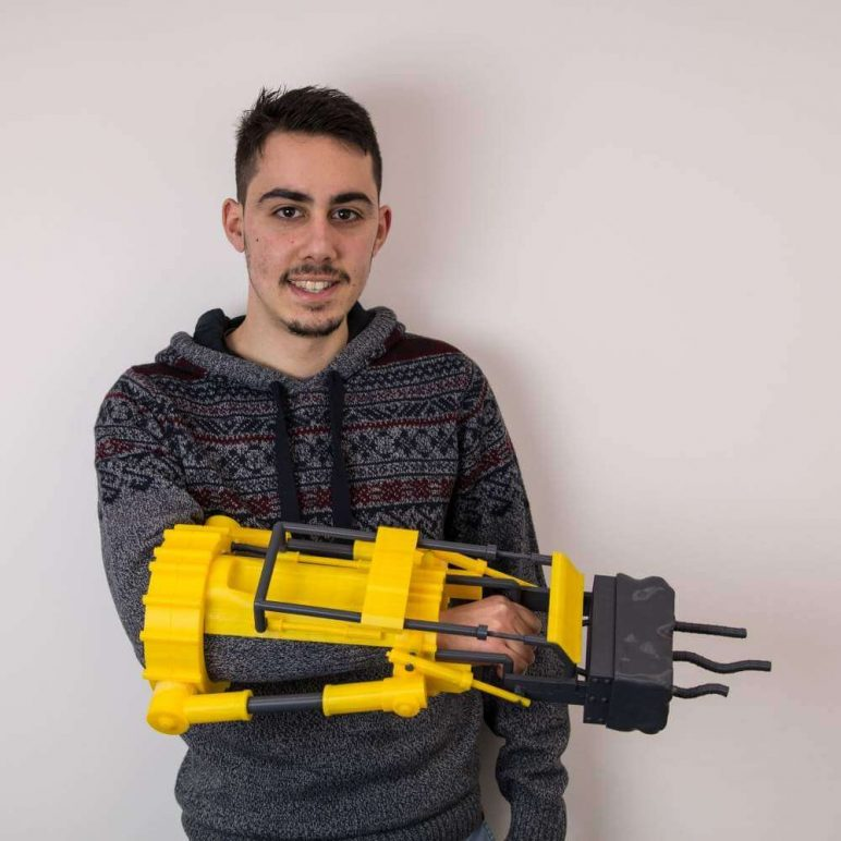 Image of Fallout Props & Toys to 3D Print: Furious Power Fist