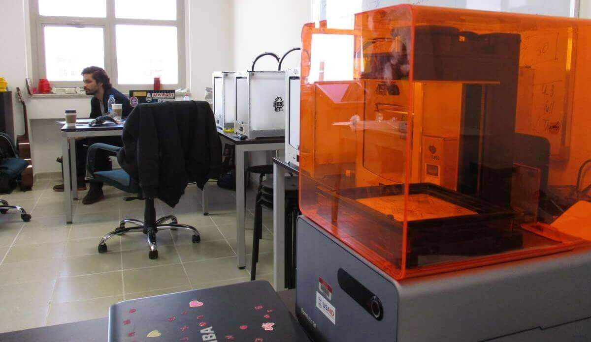 "3D Printing for Refugees ""Hacks"" Daily Challenges of Syrians 