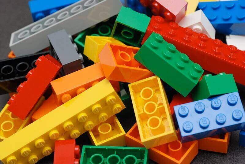 PLA vs. ABS: Lego-Steine bestehen aus ABS