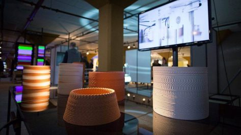 Featured image of Artists Use Sound to 3D Print Beautiful Ceramics Patterns