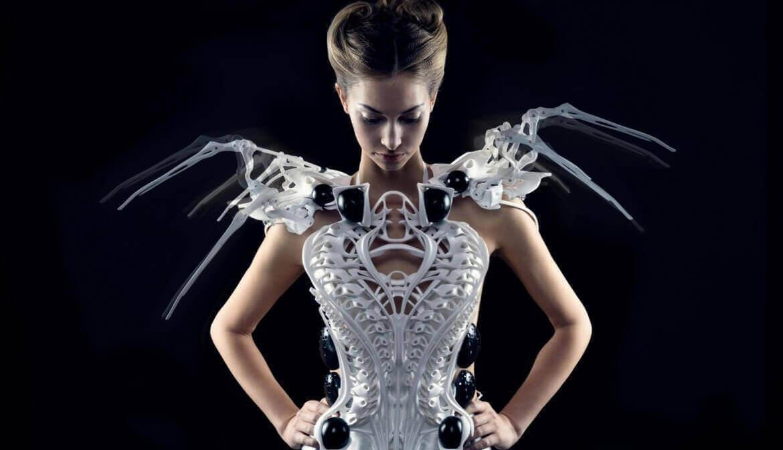 Wipprecht Talks 3D Printed Spider Dress, FashionTech | All3DP