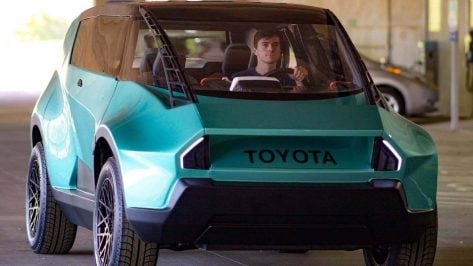 Featured image of Toyota uBox is Student-Designed Car of the Future