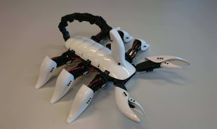 Featured image of This 3D Printed Robot Scorpion WILL Stab You