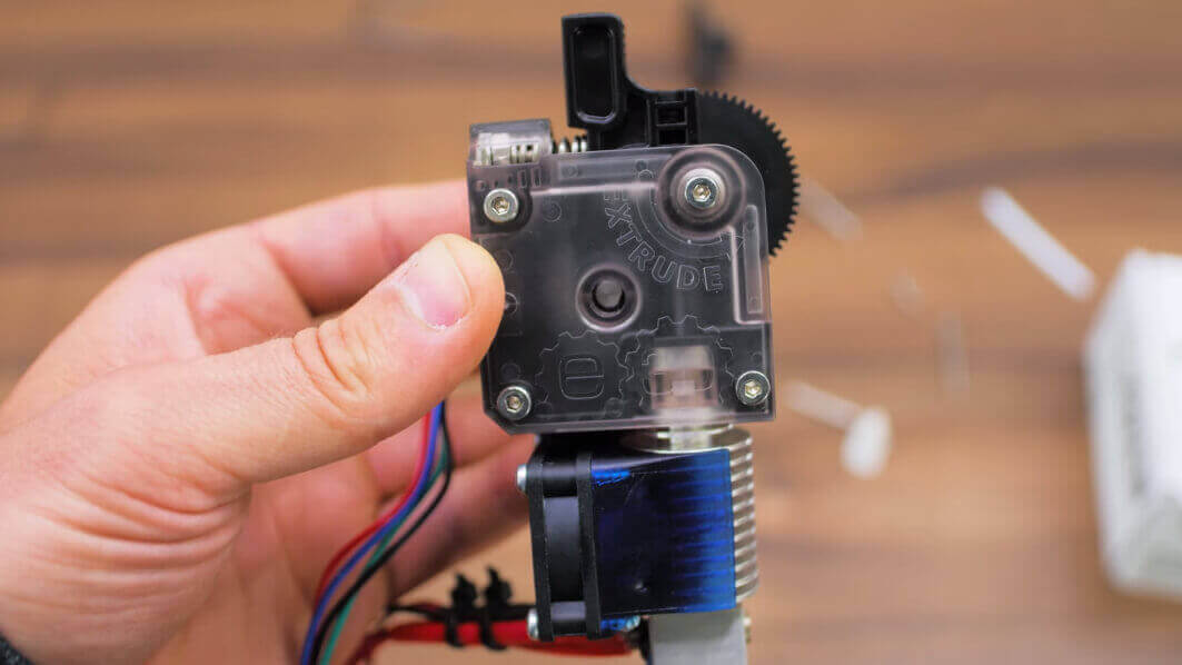 E3D Titan Review: A Super Light Extruder | All3DP