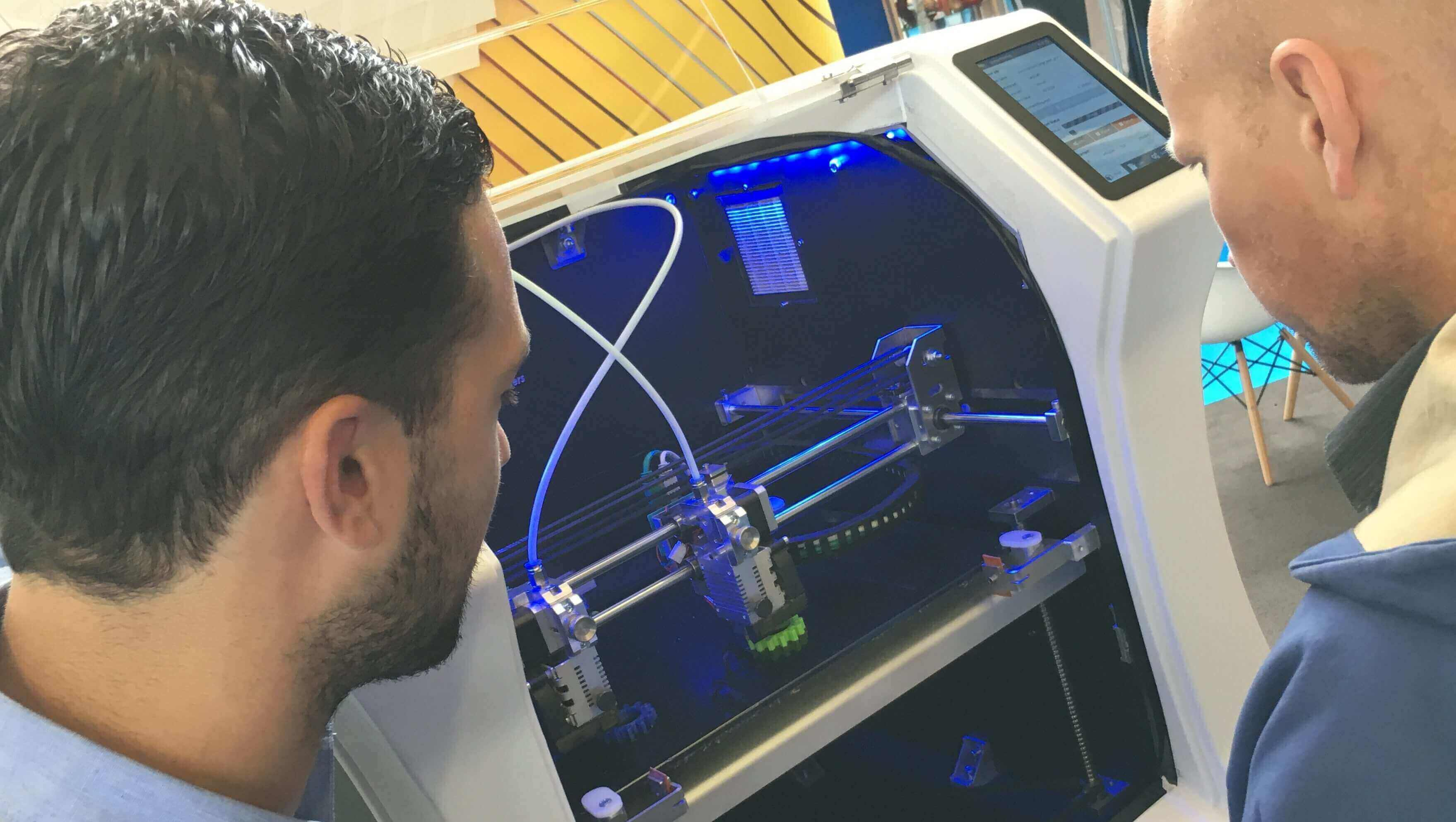 3 Things We Learned at the Additive Manufacturing Show | All3DP
