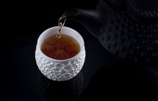 Featured image of Nervous System 3D Prints Cups With Porcelite Ceramic Resin