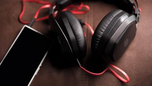 Featured image of Cooler Master MasterPulse Headphones with 3D Printable Panels