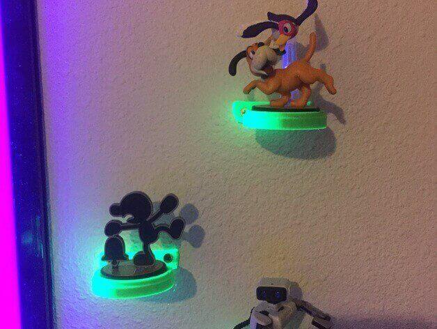 Wall mount for Amiibo figurines