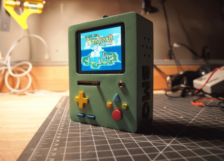 Image of Boîtier RetroPie: RaspBMO (console de jeux portable Raspberry Pi)