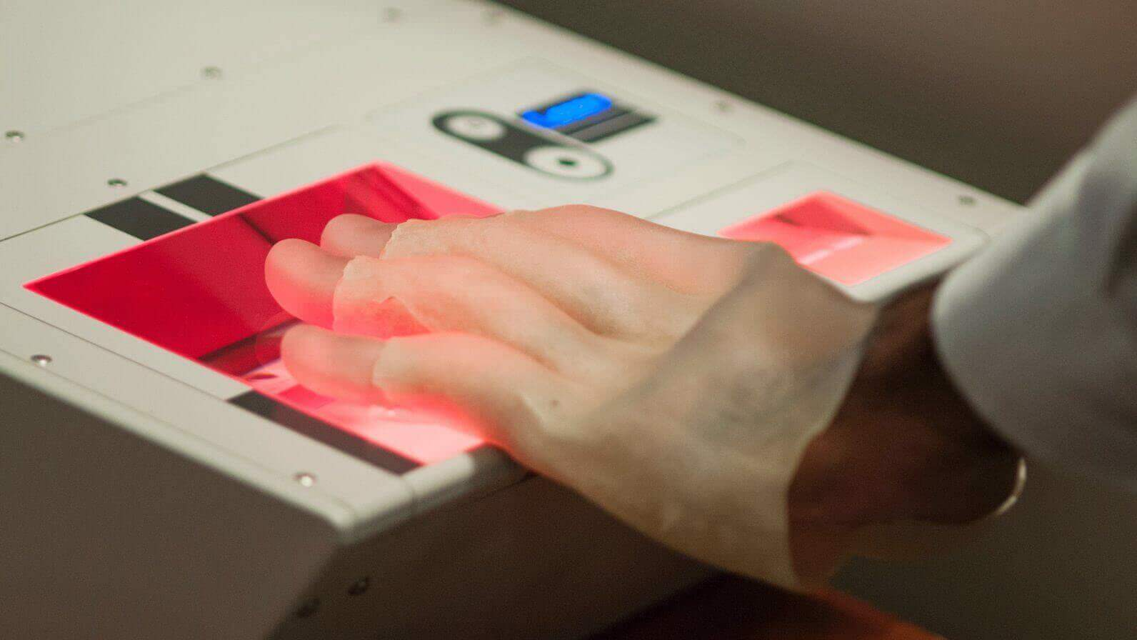3D Printed Hands Help Identify New Security Threat | All3DP