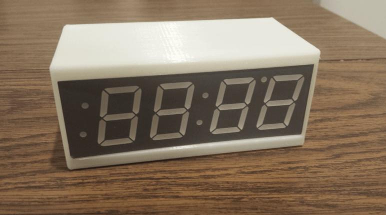 Image of Proyectos Raspberry Pi que puedes imprimir en 3D: Reloj inteligente