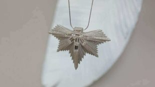 Featured image of Vanina Leaves Jewelry is Made From 3D Printed Paper
