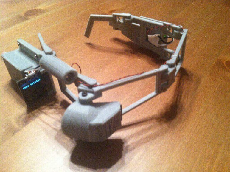 Image of 30 Great Arduino Projects (You Can Make with a 3D Printer): Bluetooth Head Mount
