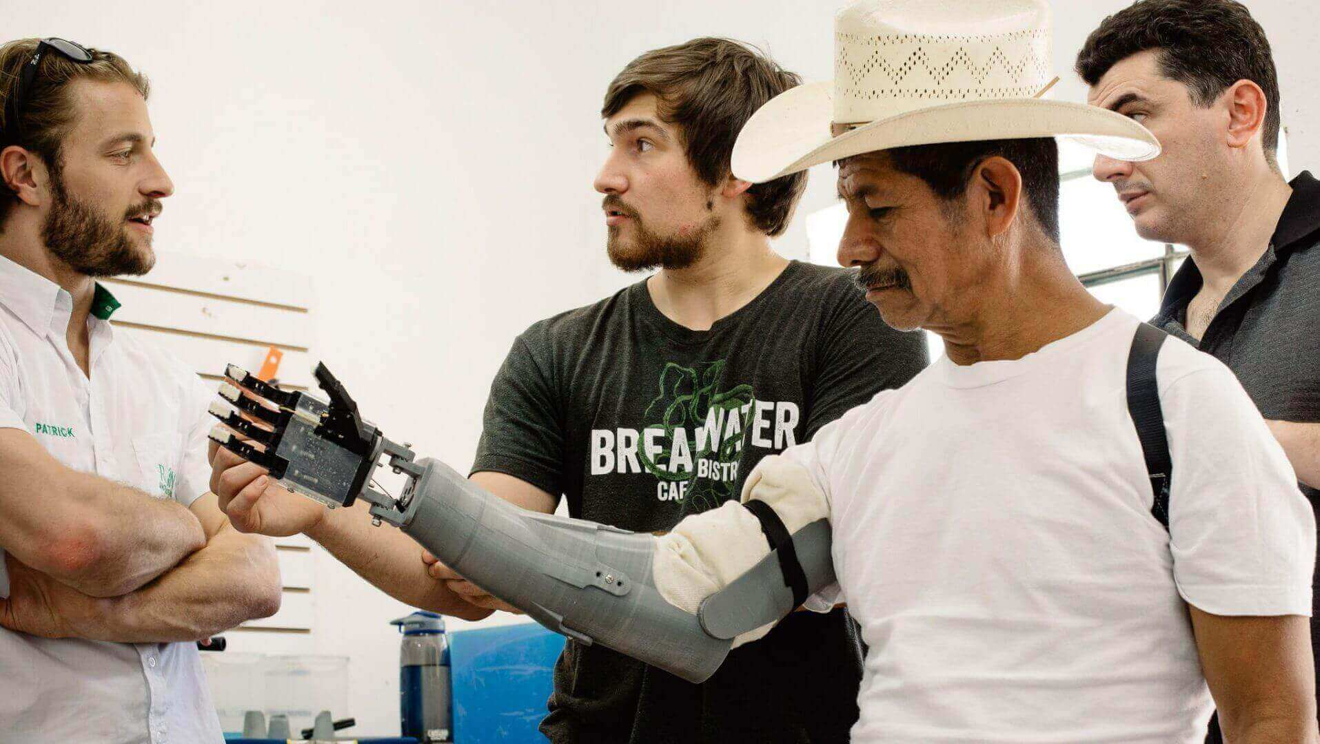 The Victoria Hand Project Uses 3D Printing to Create Ergonomic Prosthetics | All3DP