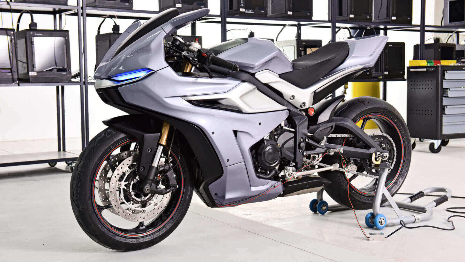 Motorcycle Modded With Zortrax M300 3D Printer | All3DP