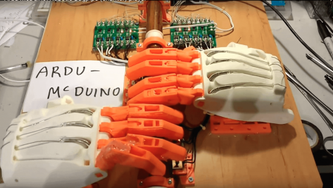 """Featured image of 3D Printed Robot """"Ardu McDuino"""" Plays The Bagpipe Chanter"""