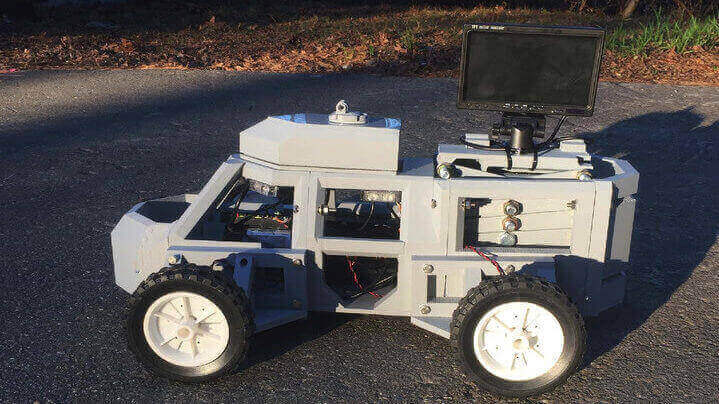 """3D Printed """"Sentinel"""" Robot Keeps Police and Civilians Safe in Traffic Stops 