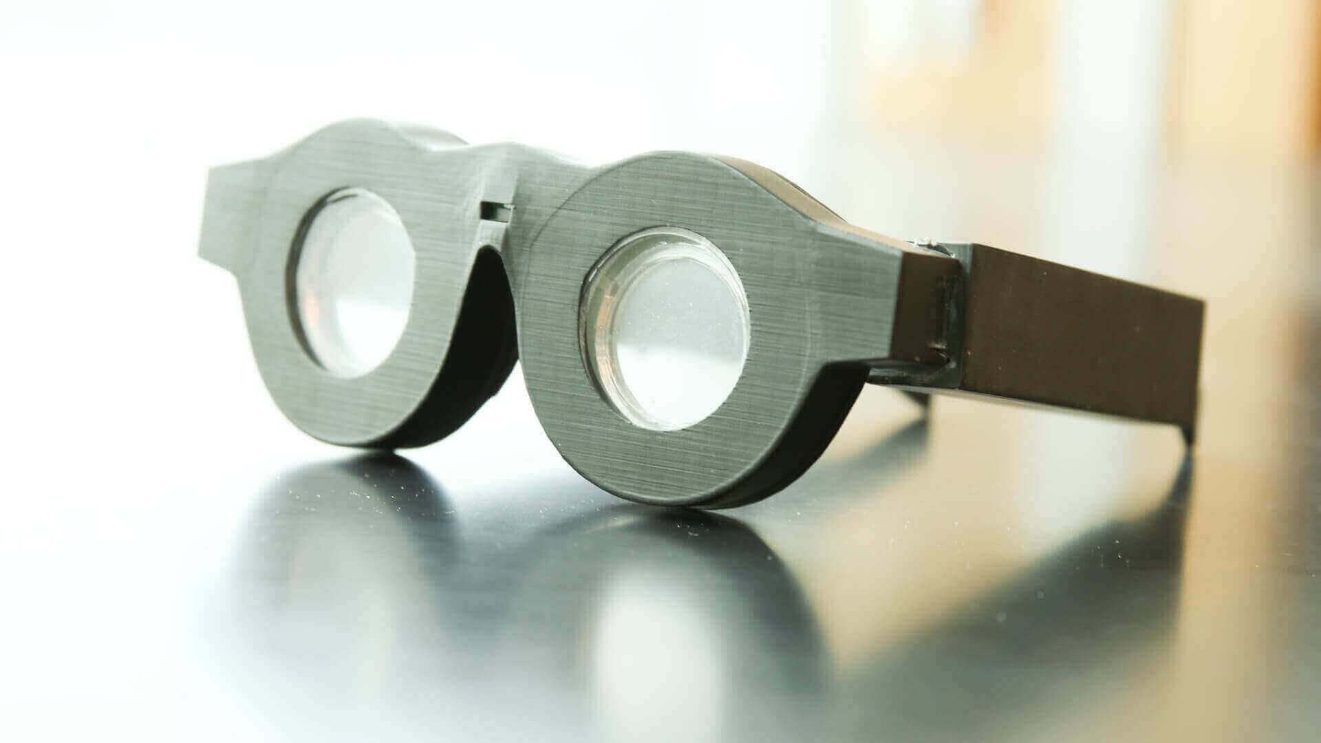 "3D Printed ""Smart Glasses"" Automatically Adjust Focus 
