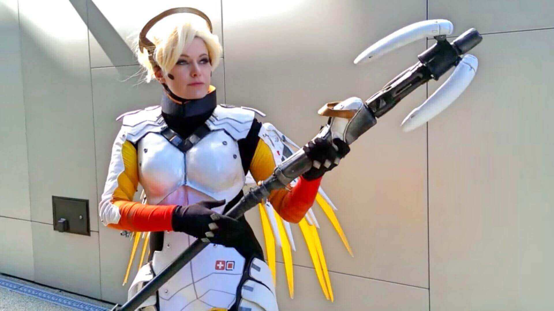 Working Overwatch Mercy's Staff Has Motorized Adjustable Winglets | All3DP