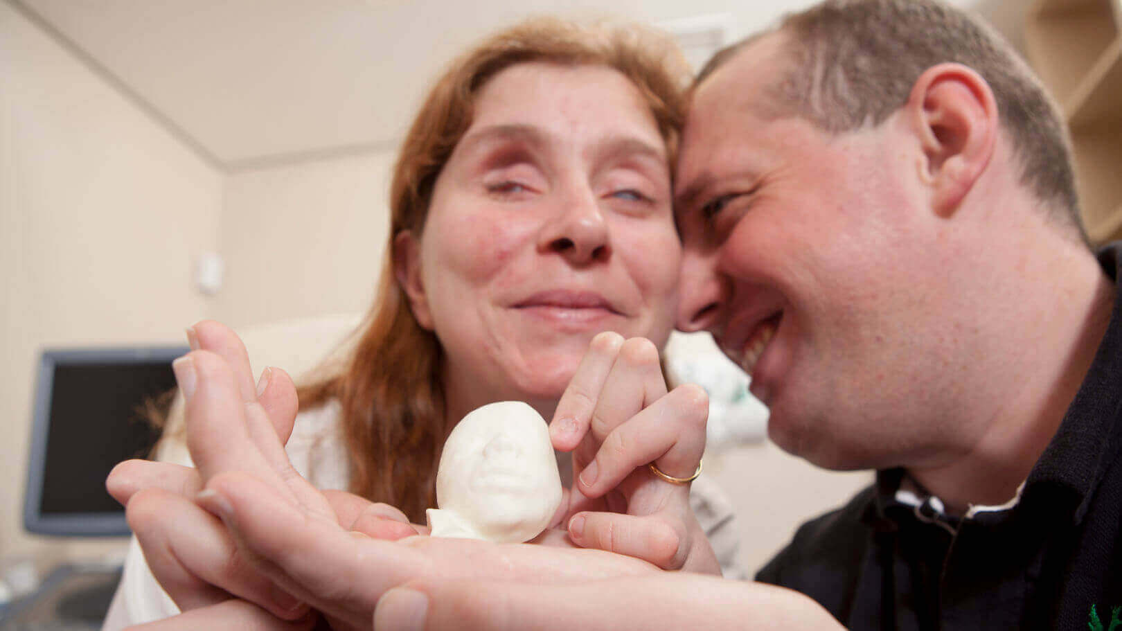 Blind Parents Feel Their Baby's Ultrasound Thanks To 3D Printing | All3DP