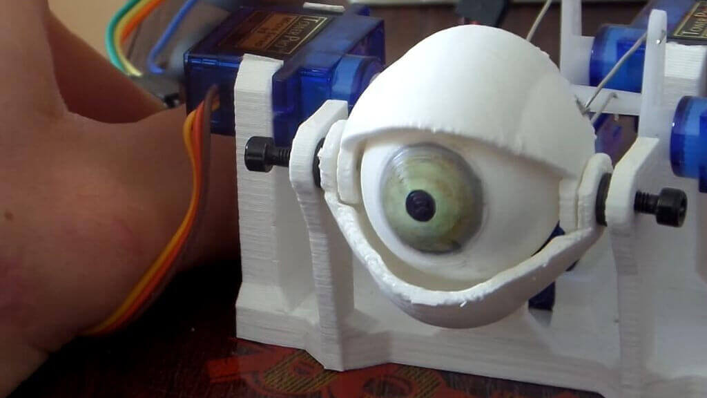 Make Your Own Spooky Animatronic Eye in One Day | All3DP