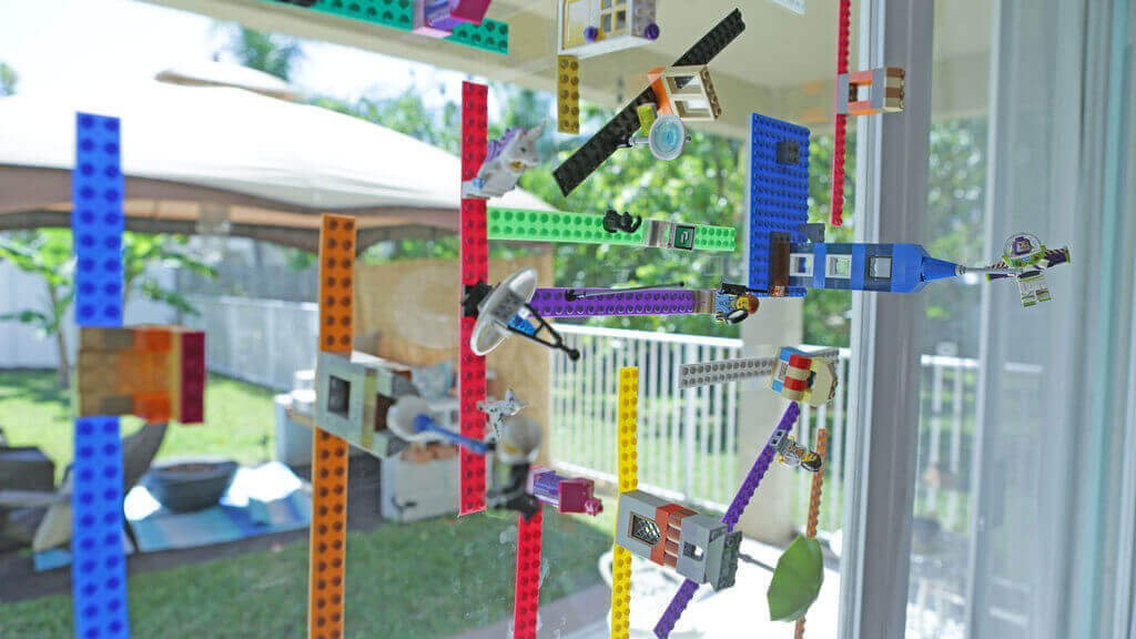 Make a 3D Printed Lego Tape that Sticks to Windows | All3DP