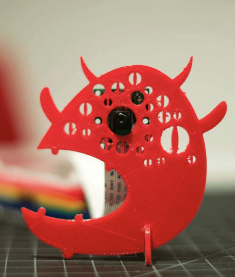 Image of Proyectos Raspberry Pi que puedes imprimir en 3D: Soporte monstruoso para cámara