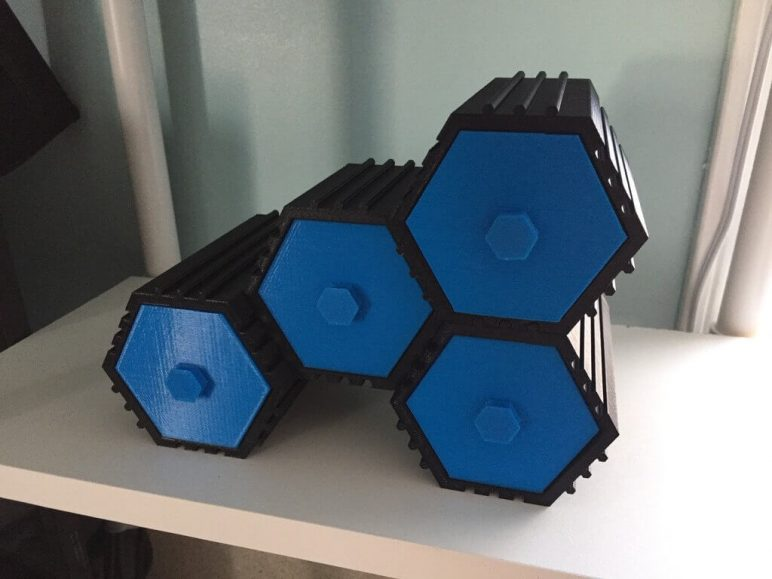 Image of 3D Printing Ideas – 40 Easy Home Decor Things to 3D Print: Stackable Hex Drawers