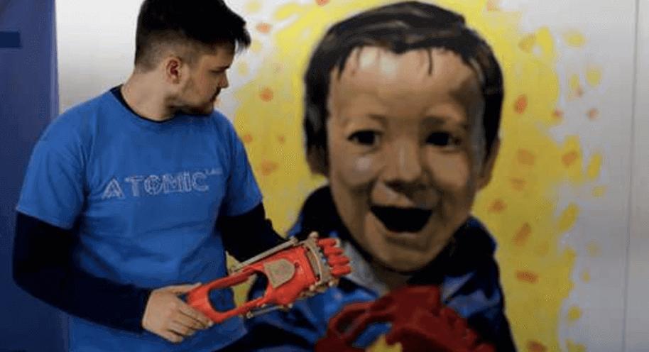 Alternative Limb Project Offers Children Cheap 3D Printed Prosthetics | All3DP