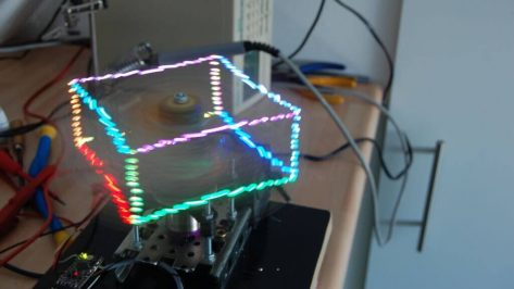 Featured image of Prophelix is a Holographic Display Made with Arduino and 3D Printing