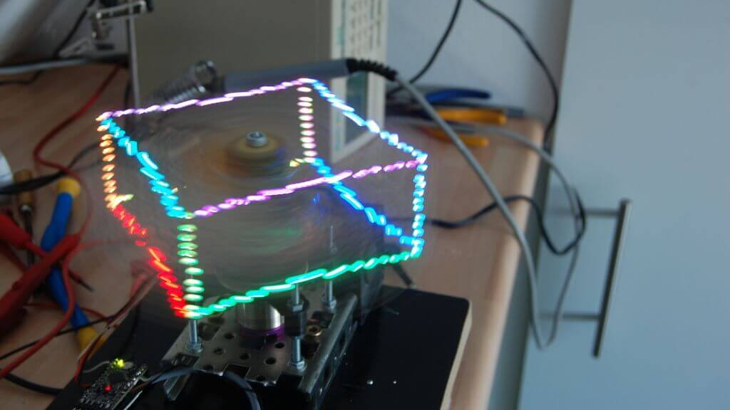 Prophelix is a Holographic Display Made with Arduino and 3D Printing | All3DP