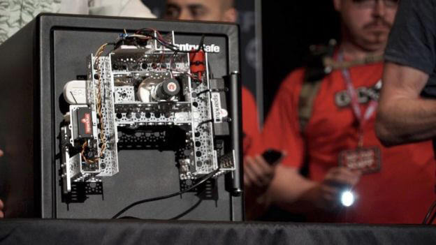 This Open-Source Robot Can Crack A Safe in 30 Minutes | All3DP