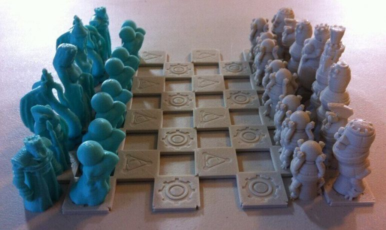 Image of 3D Printed Chess Set: Robots Versus Wizards Chess Set